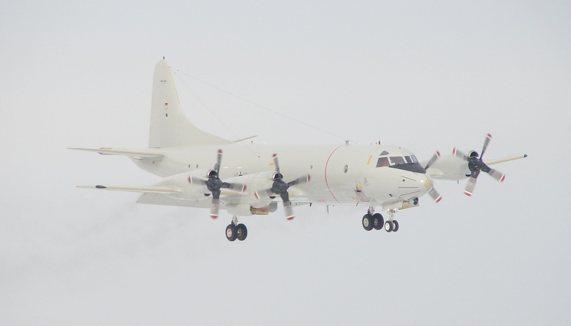 Lockheed P3C Orion im Anflug auf HDF