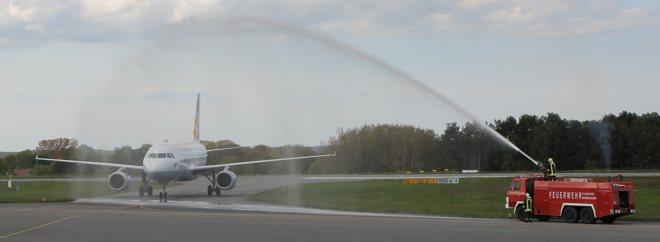 Wassertaufe für Germanwings A319 am Flughafen Heringsdorf