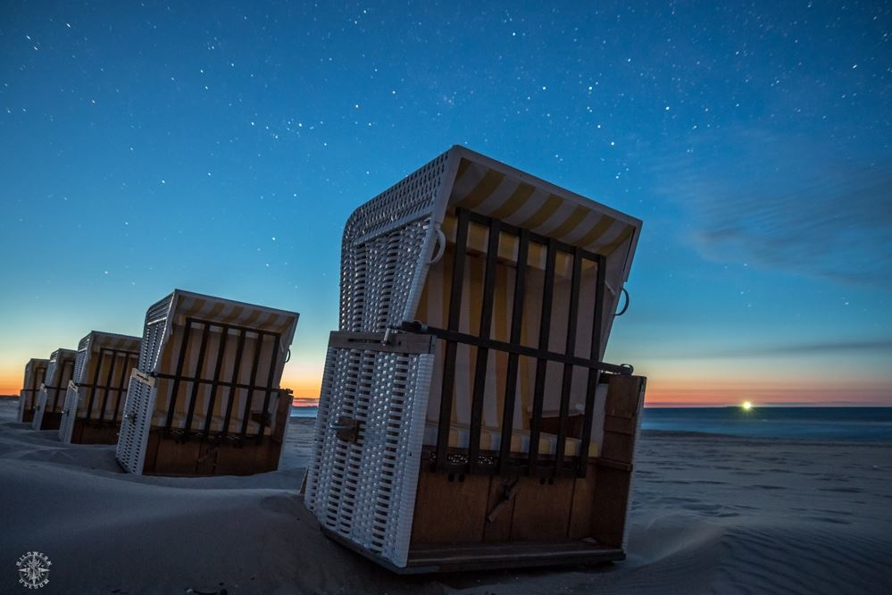 Strandkörbe unterm Usedomer Sternenhimmel