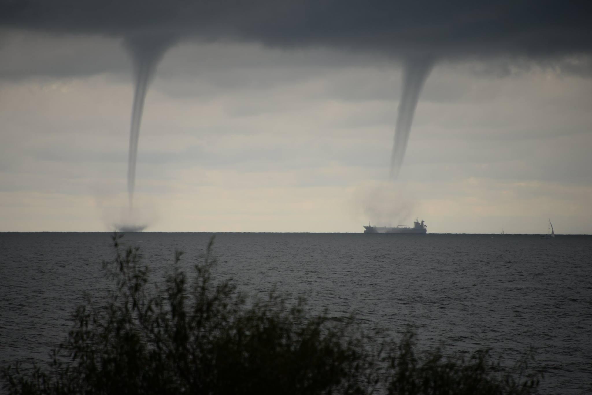 Windhosen vor der Heringsdorfer Küste